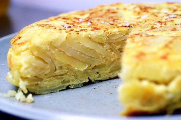Receta De TORTILLA De Patatas Con Cebollas Caramelizadas