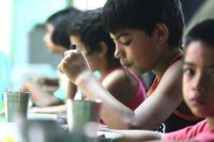Comedores escolares ¿Quién da de comer a nuestros hijos?
