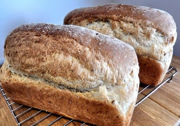 bread-589807_640