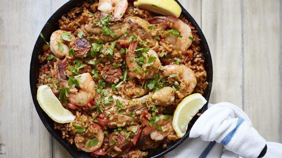 Cómo preparar paella, plato tradicional español