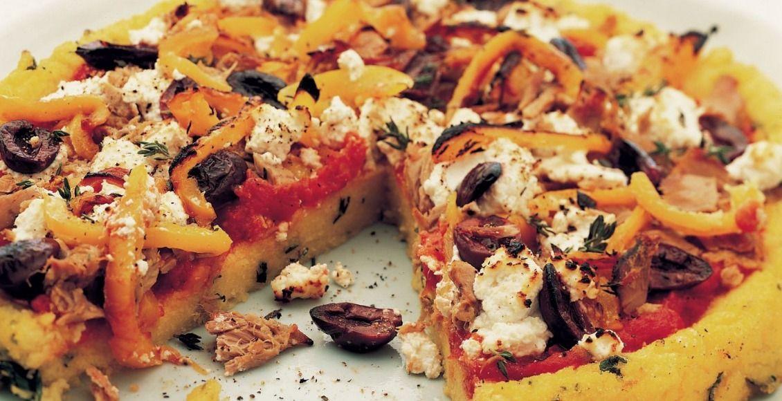 Receta de pizza de polenta con vegetales